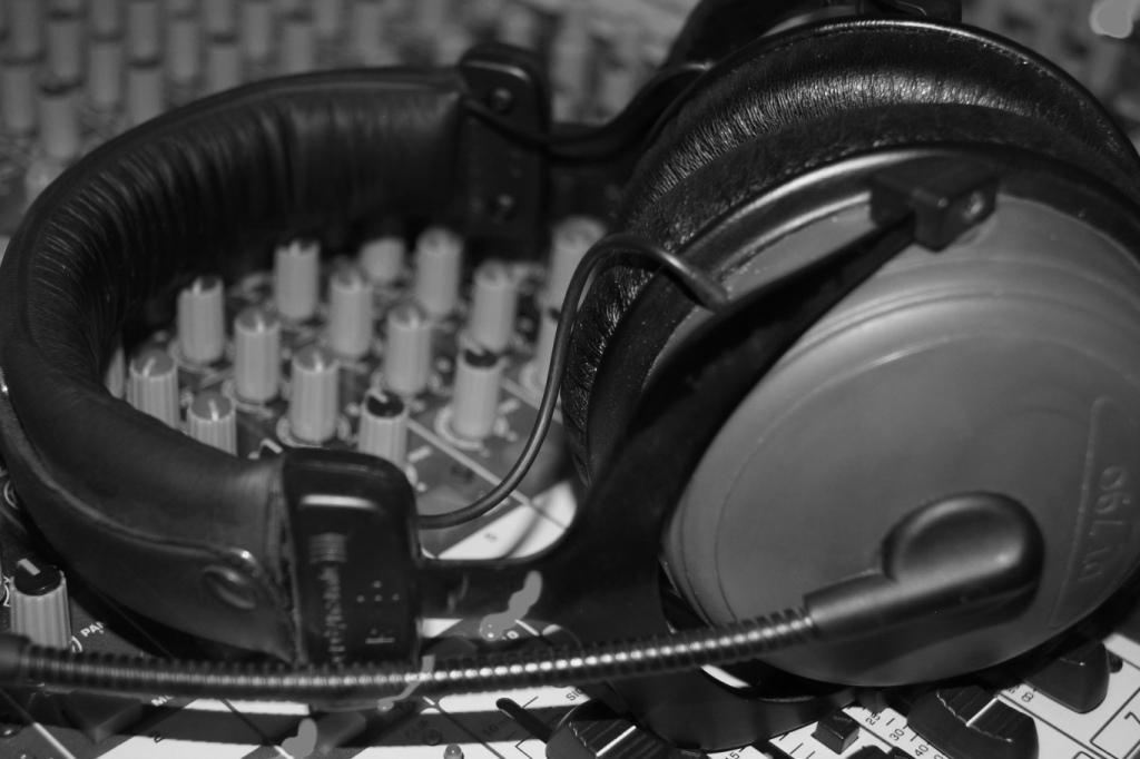 Kopfhörer schwarz weiß